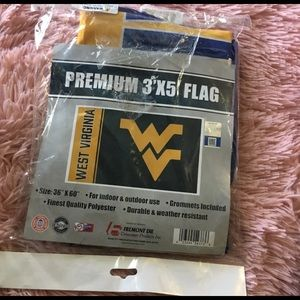 New! NCAA West Virginia Flag